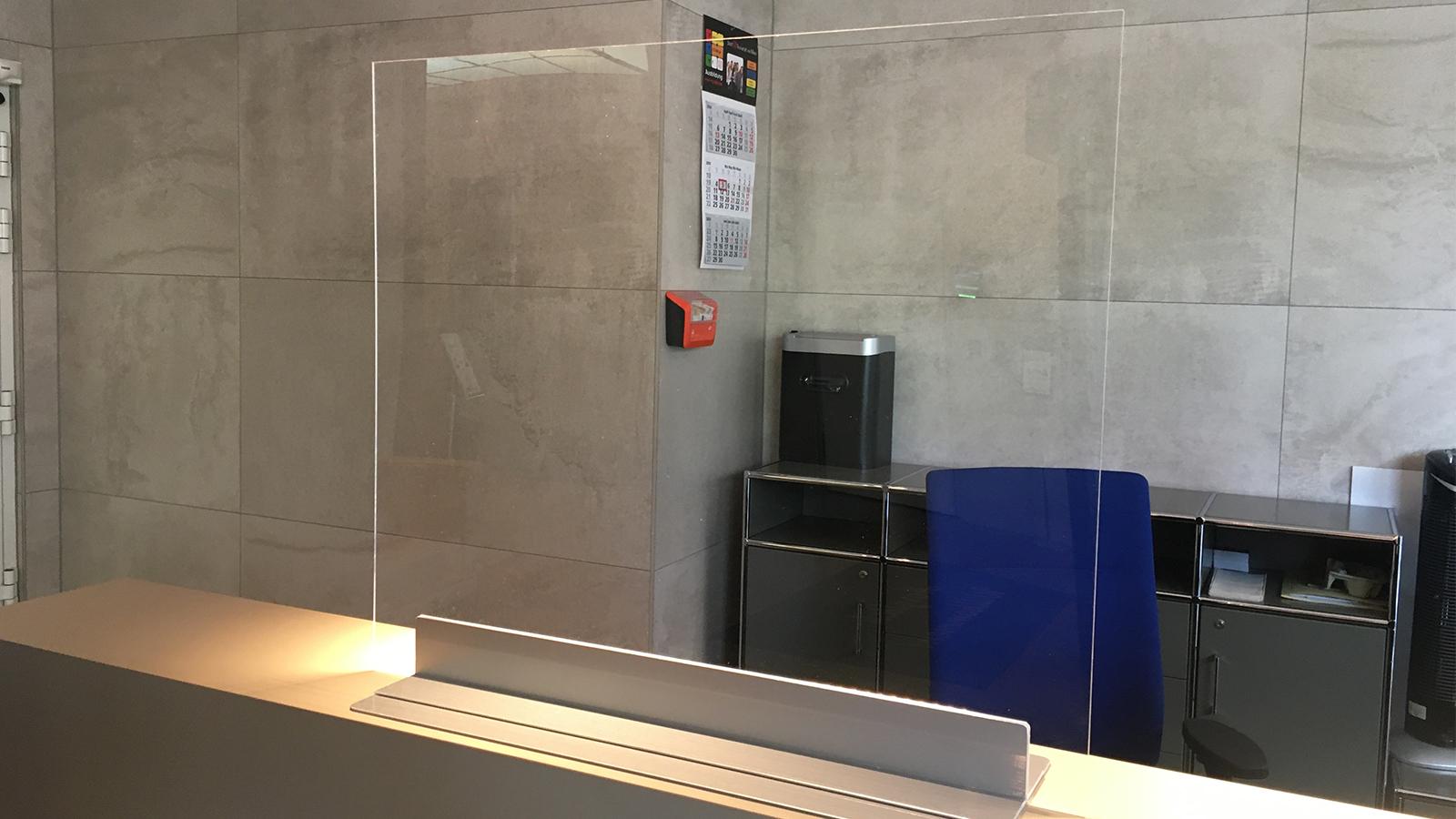 Hygieneboard/Aufsteller Theke